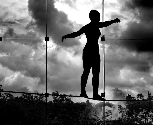tightrope-walker-1314832