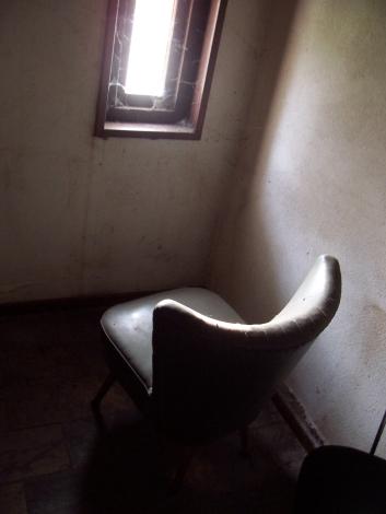 chair-1229711